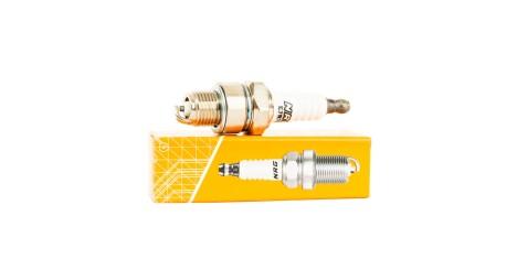 Свеча зажигания 2Т E7RTC (BPR7HS); NRG павлик